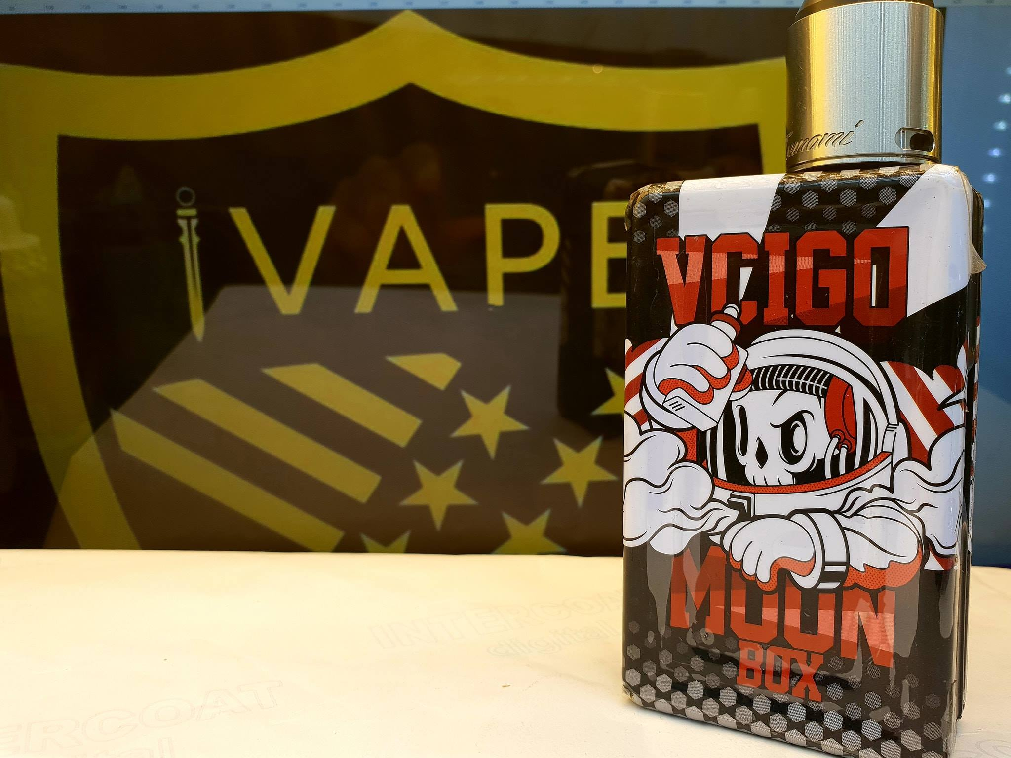 vape moonbox